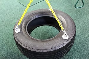 Three chain tire swing