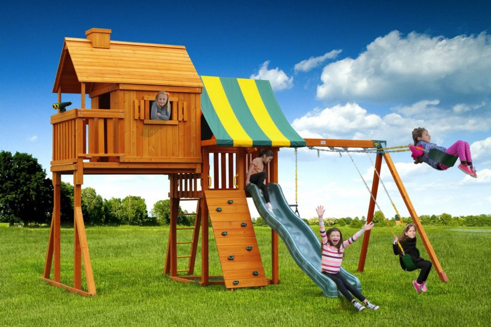 multi treehouse playset and jungle gym
