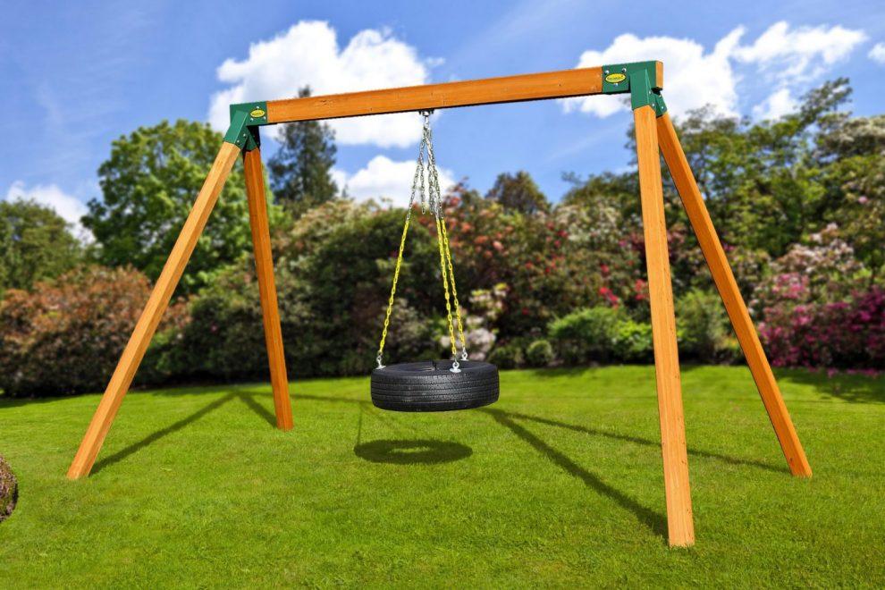 Classic Cedar Swing Set with Tire swing