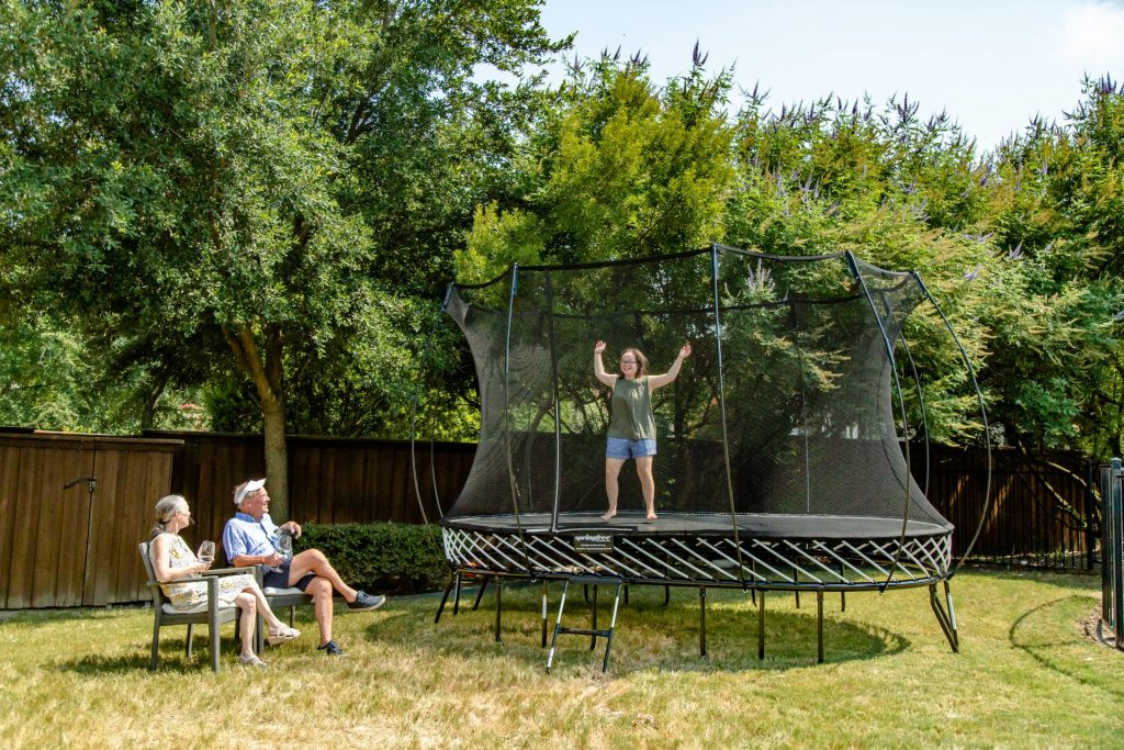 Springfree 8′ x 13′ Oval Trampoline